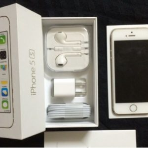 iPhone 5S unlocked with accessories